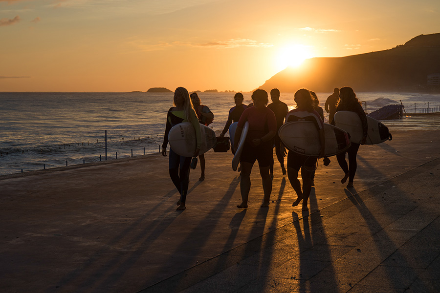 Avento has worked with the Gipuzkoa Surf Federation to promote women's participation in surf